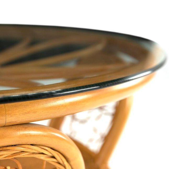 Столик чайный из натурального ротанга (медовый)